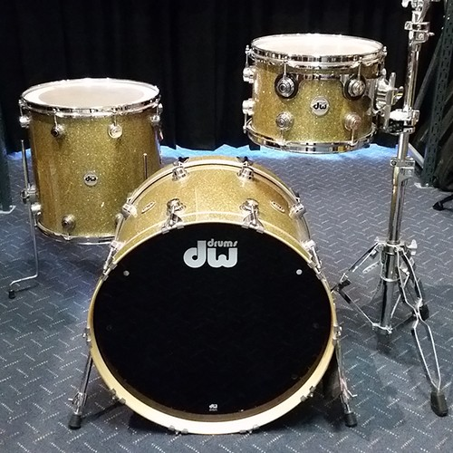 DW – COLLECTORS SERIES 3 PIECE MAPLE DRUM KIT SHELL SET – GOLD GLASS
