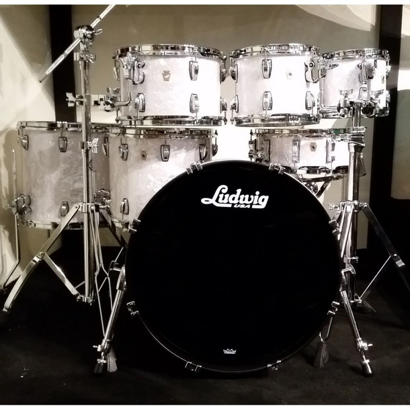 "LUDWIG – LEGACY CLASSIC 7PCE SHELL KIT W/FREE CLASSIC MAPLE 8"" TOM – WHITE PEARL"