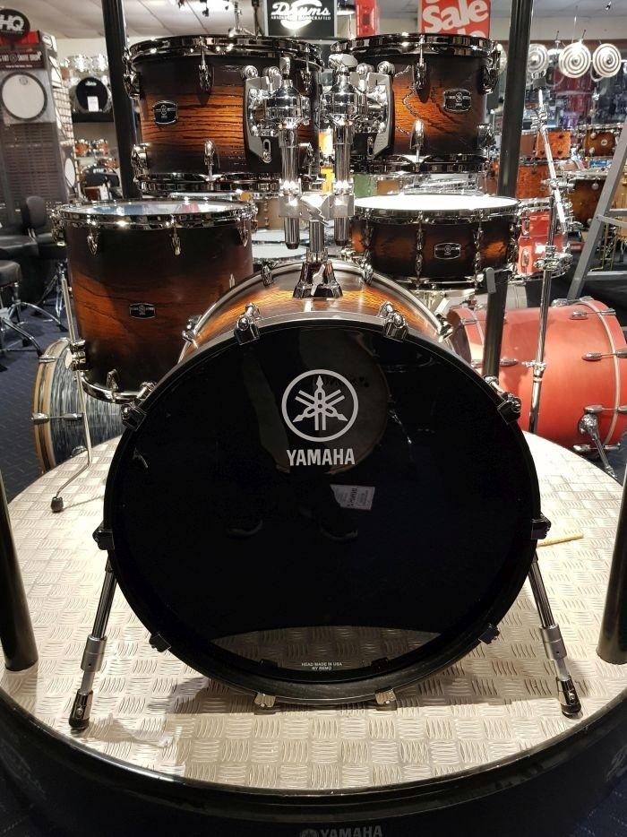 Yamaha Live Custom Hybrid Oak 5 Piece Euro Drum Kit with Hardware - Uzu Earth Sunburst