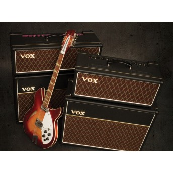 VOX – AC15 CUSTOM 15W GUITAR AMPLIFIER HEAD