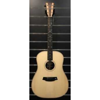 COLE CLARK – FAT LADY 2 – SPRUCE/ROSEWOOD DREADNOUGHT GUITAR