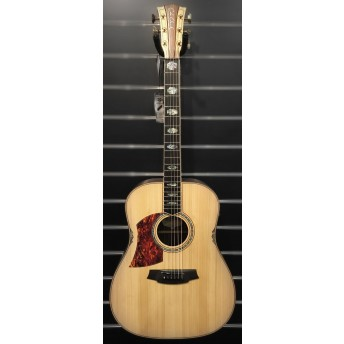 COLE CLARK – FAT LADY 3 LEFT-HANDED – BUNYA/ROSEWOOD DREADNOUGHT GUITAR